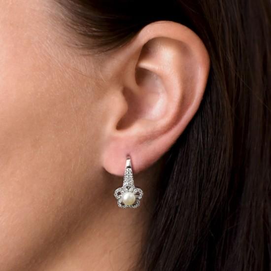 Stříbrné náušnice visací s bílou říční perlou 21050.1