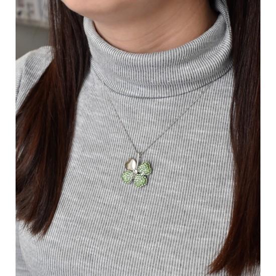 Stříbrný přívěsek čtyřlístek se Swarovski krystaly zelený 74041.3