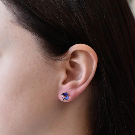 Stříbrné náušnice pecky s krystaly Swarovski modrá kostička 71067.3