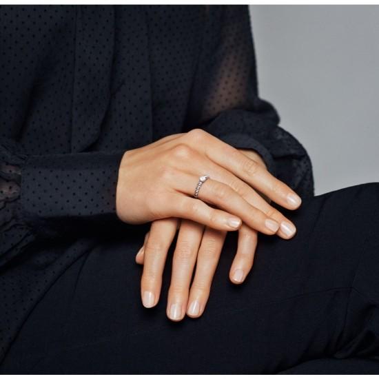 Mléčně bílý kuličkový prsten