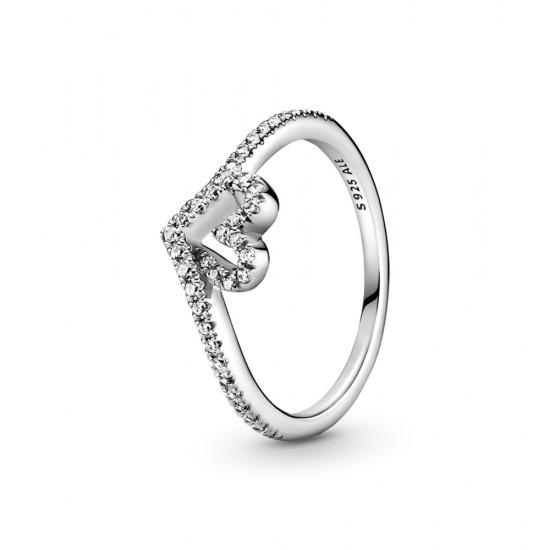 Třpytivý prsten ve tvaru srdce